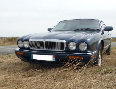 Jaguar Xj6 Sovereign à Le Perreux-sur-Marne (Val-de-Marne)