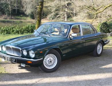 Jaguar Xj12 à Rennes (Ille-et-Vilaine)