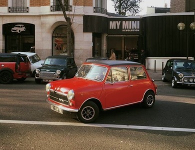 Innocenti Mini Cooper 1300 Export à Paris (17ème arr.)