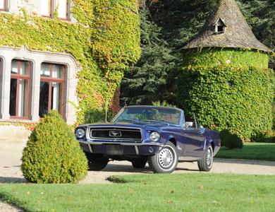 Ford Mustang Cabriolet (1ère Gen) à Aurillac (Cantal)