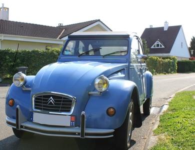 Citroen 2cv6 Spécial à Guyancourt (Yvelines)