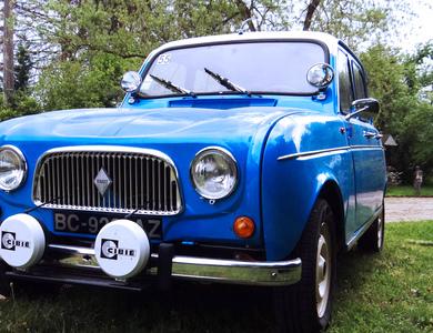 Renault 4l à Lezoux (Puy-de-Dôme)