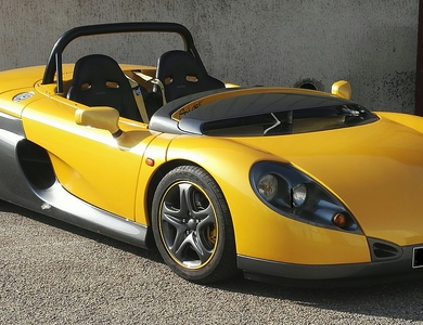 Renault Spider Sport à Sainte-Foy-lès-Lyon (Rhône)