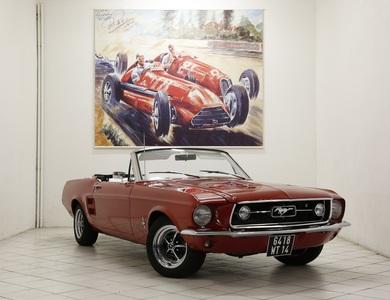 Ford Mustang Cabriolet (1ère Gen) à Nanterre (Hauts-de-Seine)
