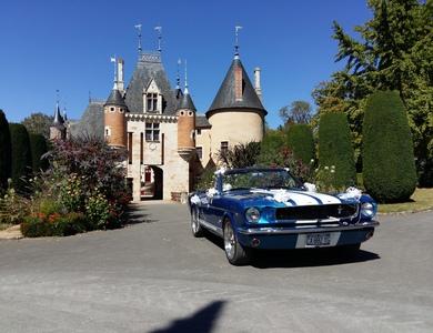 Ford Mustang Cabriolet (1ère Gen) à Vierzon (Cher)