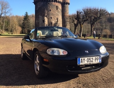 Mazda Mx-5 Nb à Paris (15ème arr.)