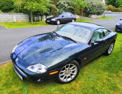 Jaguar Xkr Coupé V8 4.0l à Saint-Malo (Ille-et-Vilaine)