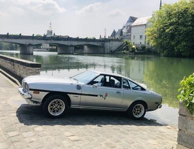 Mazda 121 Cosmo à Oncy-sur-École (Essonne)