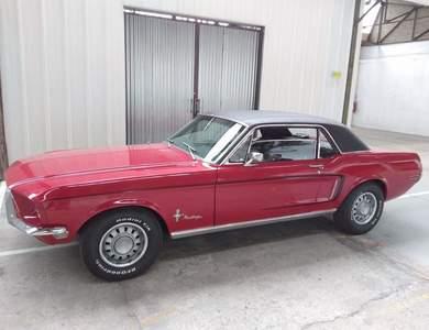 Ford Mustang (1ère Gen) à Ablon (Calvados)