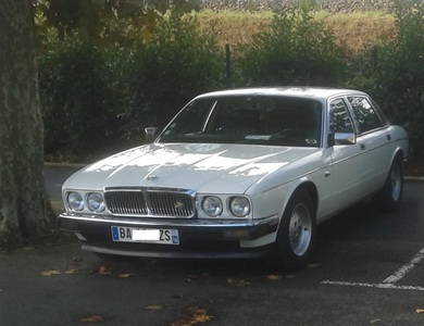 Jaguar Xj 40 Sovereign à Rancy (Saône-et-Loire)