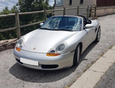 Porsche Boxster à Saint-Bonnet-les-Oules (Loire)