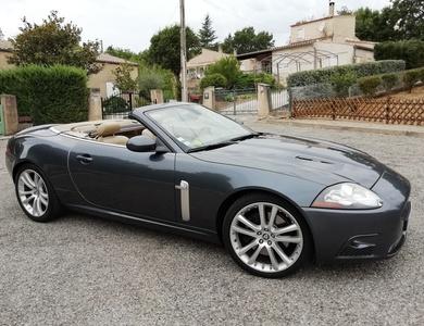 Jaguar Xkr Cabriolet à Châtillon (Hauts-de-Seine)