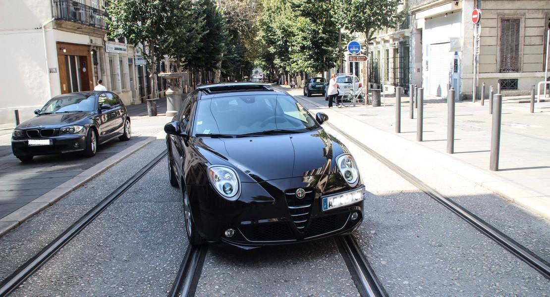 location-ALFA ROMEO-Marseille-roadstr