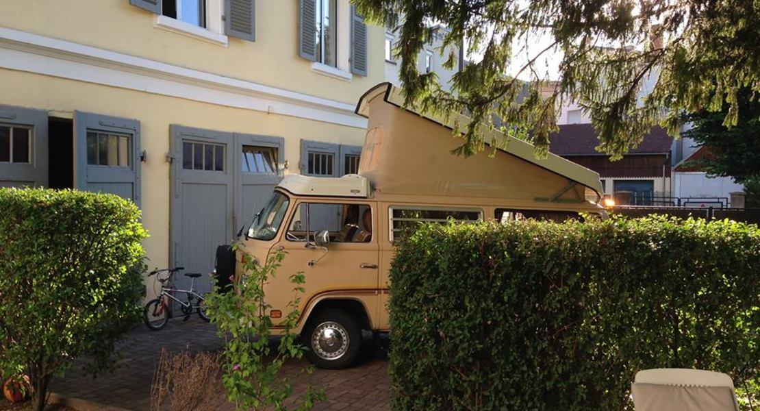 location-VOLKSWAGEN (VW)-Colmar-roadstr