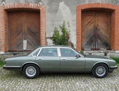 Jaguar Xj 40 Sovereign à Thueyts (Ardèche)