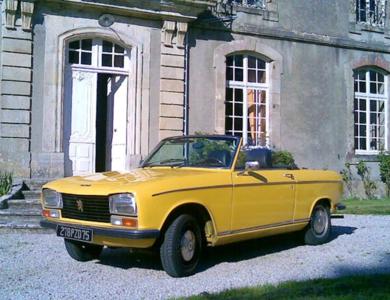 Peugeot 304 S Cabriolet à Paris (17ème arr.)
