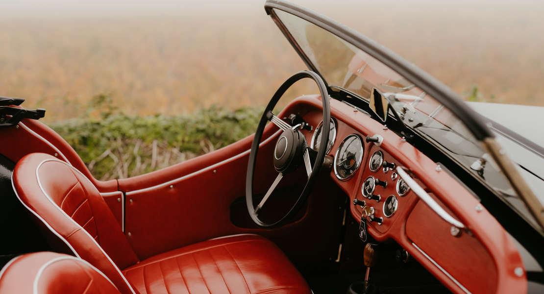 location-TRIUMPH-Beaune-roadstr