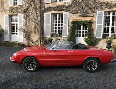 Alfa Romeo Spider 2000 Véloce à Cauvicourt (Calvados)
