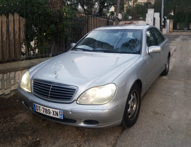 Mercedes-benz S320 à La Ciotat (Bouches-du-Rhône)