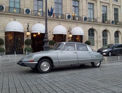 Citroen Ds 21 à Les Lilas (Seine-Saint-Denis)