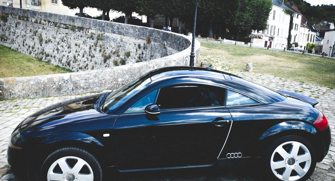 location-AUDI-Paris-roadstr