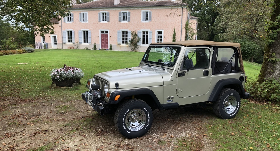 location-JEEP-Morcenx-la-Nouvelle-roadstr