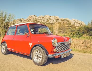 Austin Mini Speciale à L'Isle-sur-la-Sorgue (Vaucluse)
