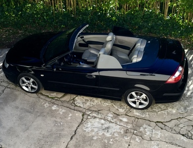 Saab 9.3 Cabrio à Hyères (Var)