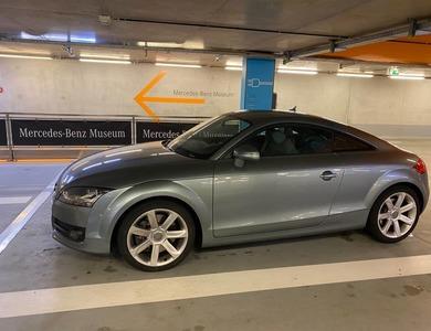 Audi Tt V6 3.2 à Toulon (Var)