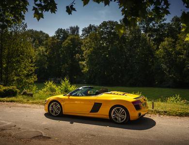 Audi R8 V10 Spyder S-tronic à Coignières (Yvelines)