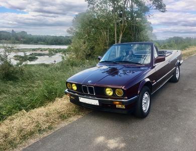 Bmw 325 I E30 Cabriolet à Olivet (Loiret)