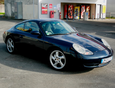 Porsche 911 Type 996 Carrera 4 à Bordeaux (Gironde)