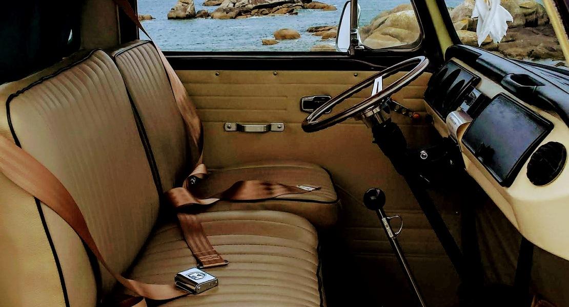 location-VOLKSWAGEN (VW)-Le Moustoir-roadstr