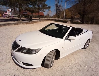 Saab 9.3 Cabriolet à Charavines (Isère)