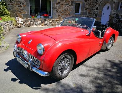Triumph Tr3a à Le Merzer (Côtes-d'Armor)