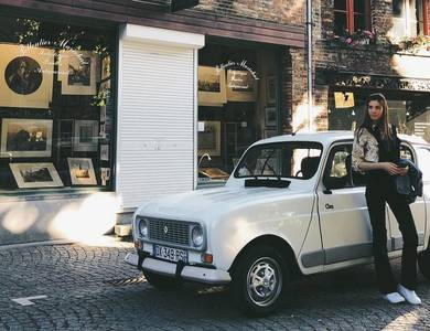 Renault 4l à Lille (Nord)