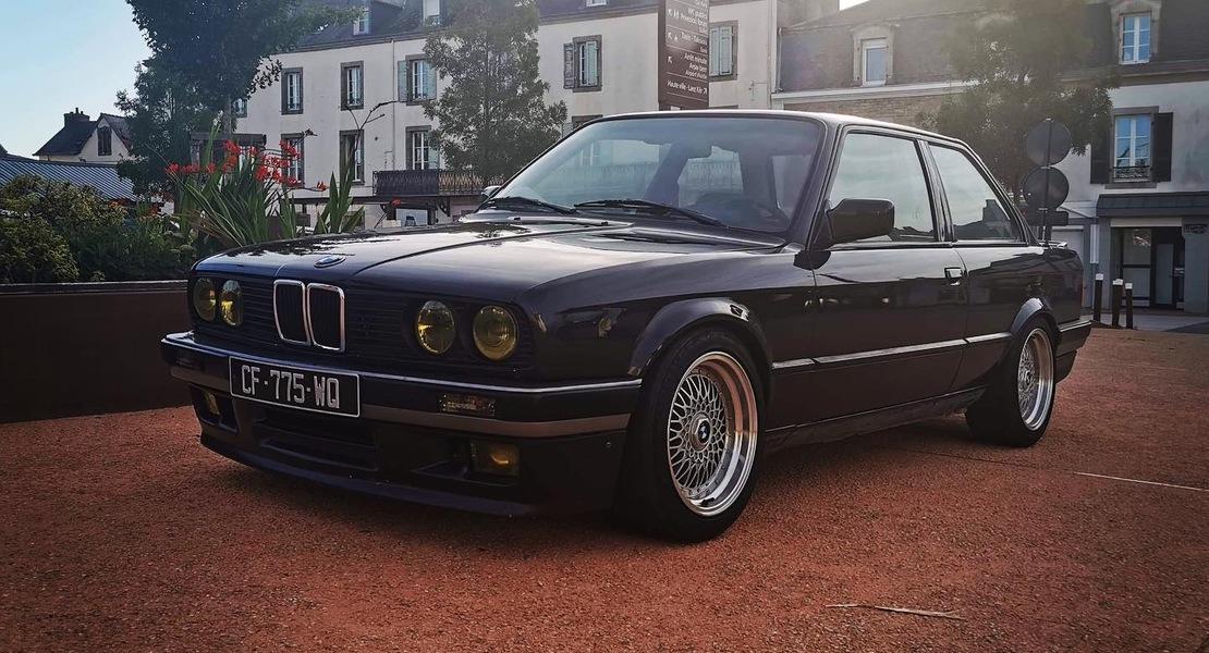 location-BMW-Clohars-Carnoët-roadstr