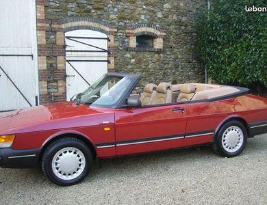 Saab 900i Cabriolet à Itteville (Essonne)