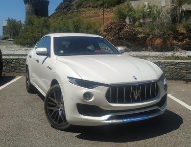 Maserati Levante à Borgo (Haute-Corse)