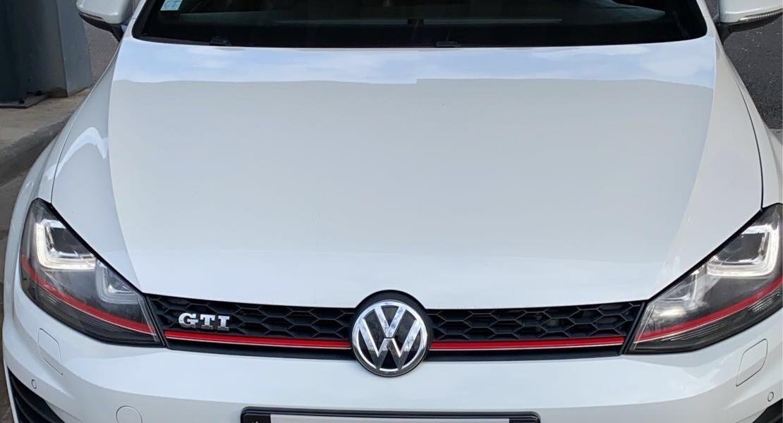 location-VOLKSWAGEN (VW)-Nîmes-roadstr