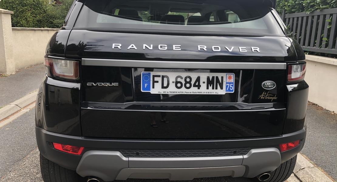 location-LAND ROVER-Beynes-roadstr