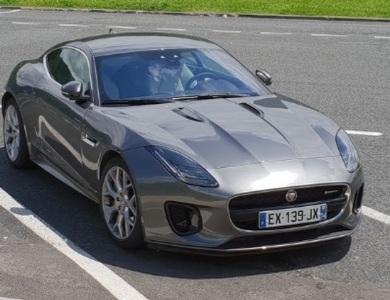 Jaguar F-type à Charvonnex (Haute-Savoie)