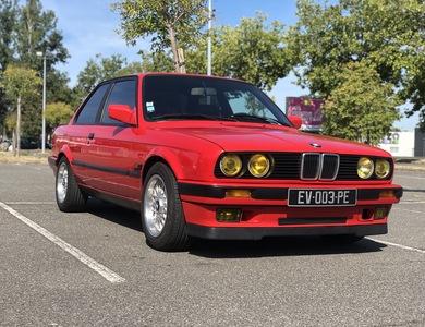 Bmw Série 3 E30 318is à Lavernose-Lacasse (Haute-Garonne)