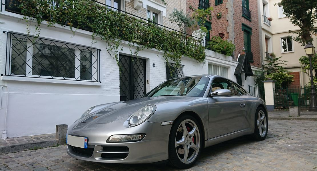 location-PORSCHE-Paris-roadstr