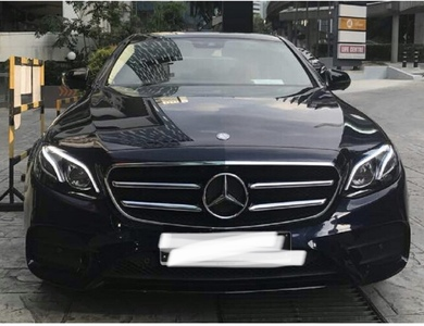 Mercedes-benz Class E à Villeneuve-Tolosane (Haute-Garonne)