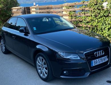 Audi A4 à Lozanne (Rhône)