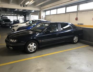 Renault Safrane Limousine à Évrecy (Calvados)
