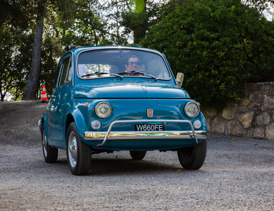 Fiat 500 L à Nice (Alpes-Maritimes)