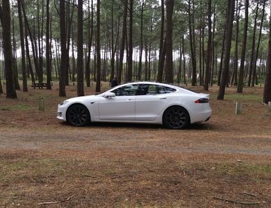 Tesla Model S P100d à Bordeaux (Gironde)