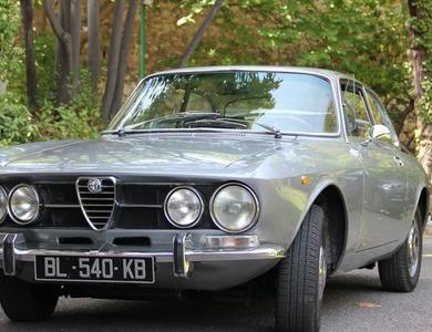 Alfa Romeo 1750 Gt Coupé Bertone à Marseille (8ème arr.)